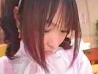 従順な変態メイドにチンポの絵をかかせリモバイで昇天!!(無料AV動画)