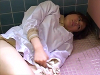 憧れの未亡人寮母 内田理緒 萩原理恵[3]