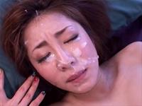 瞬殺!一撃バズーカ顔射 初音みのり[3]
