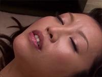 巨乳妻の抱える悩み 〜セックスレスの人妻が受ける淫猥セラピー〜 真矢涼子[5]
